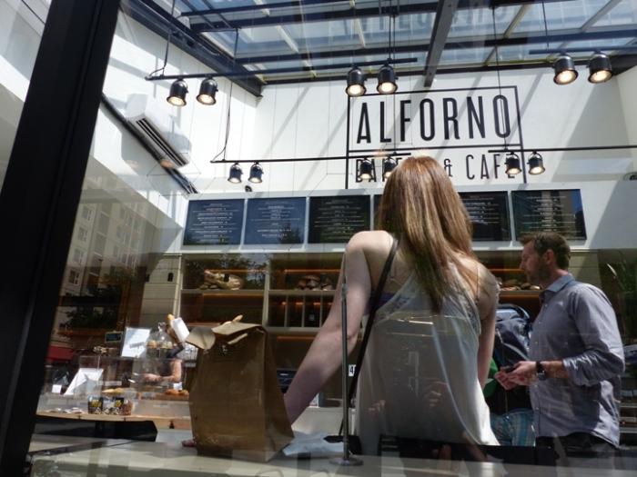 Al Forno Bakery & Cafe