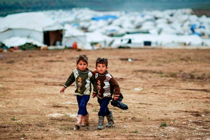 Kids in a Syrian refugee camp